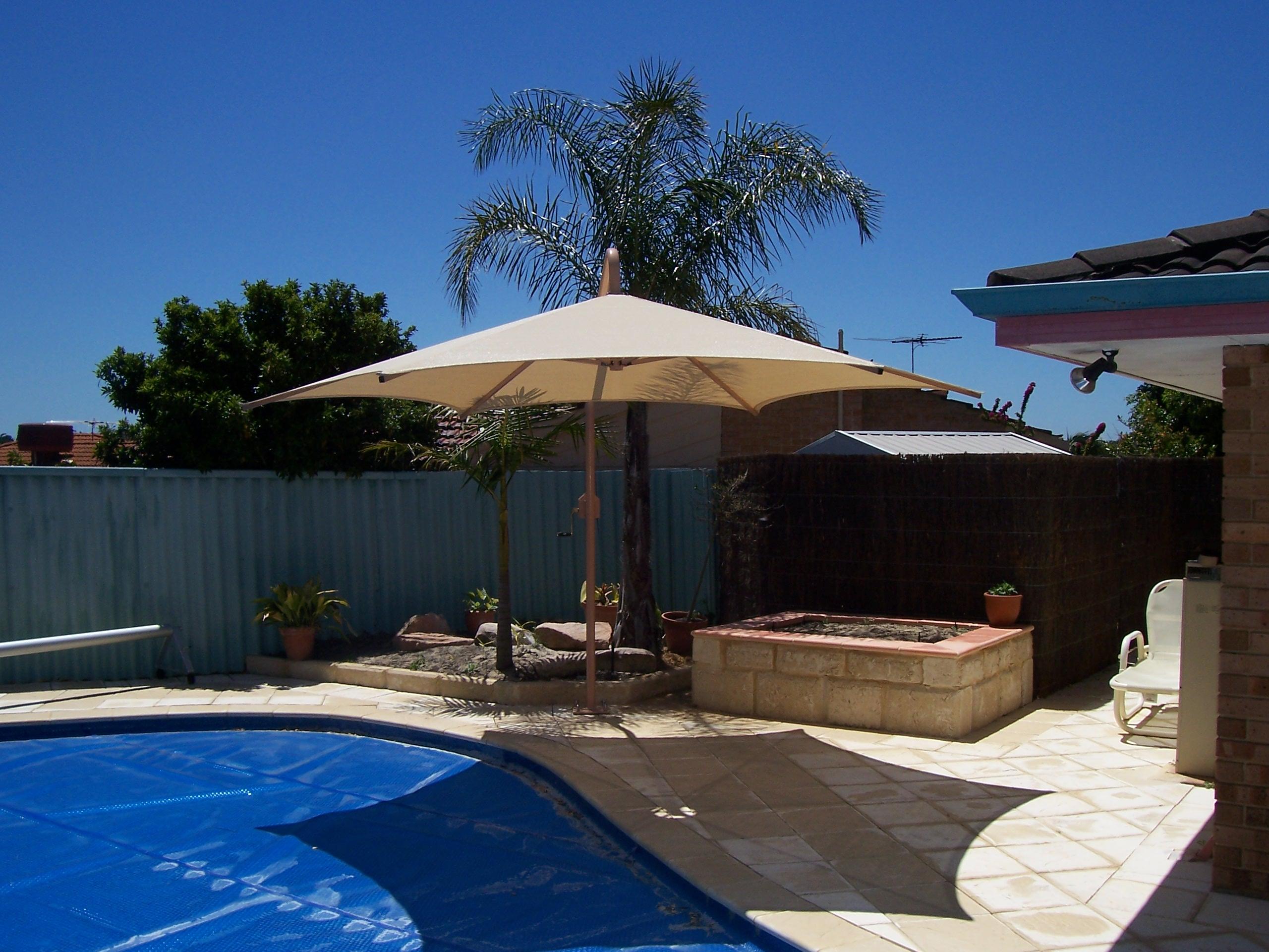 Umbrella Over Sandpit Photo S 004 100 0754 0745 0421