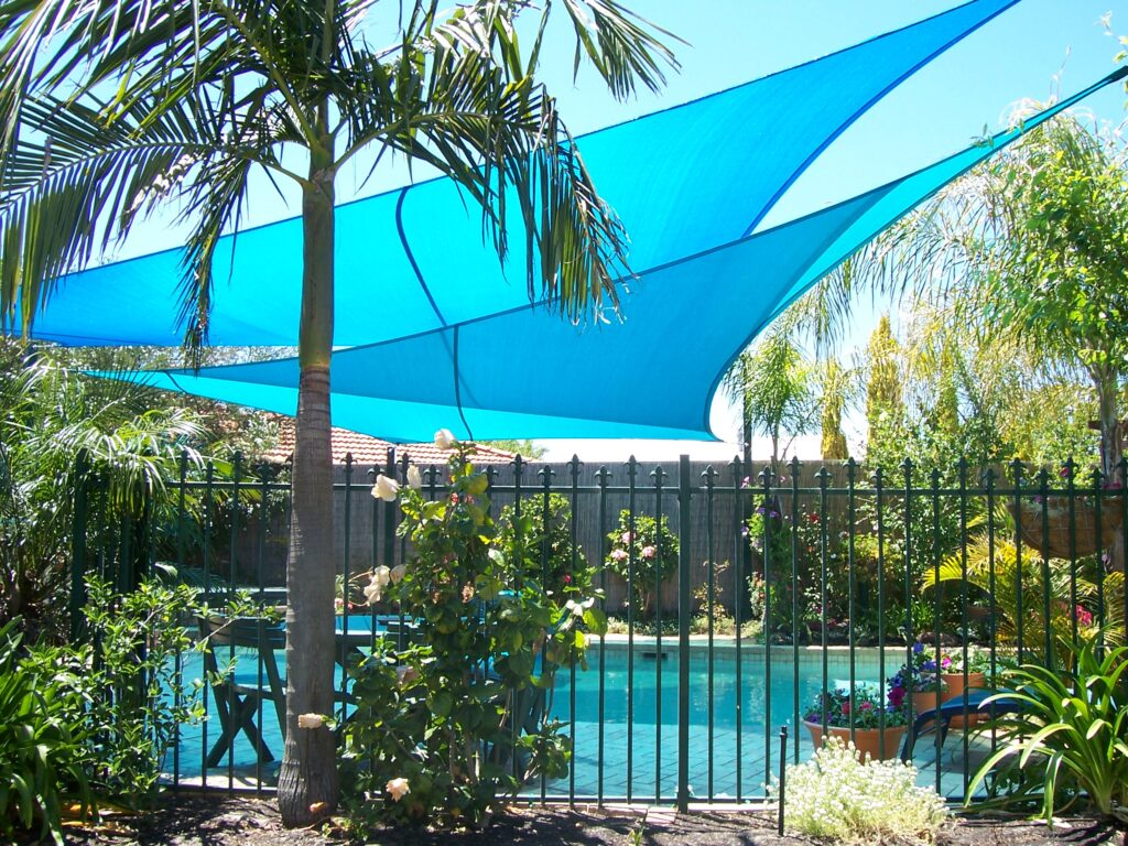 Home shade sails carport garden patio sails perth for Shadesails com